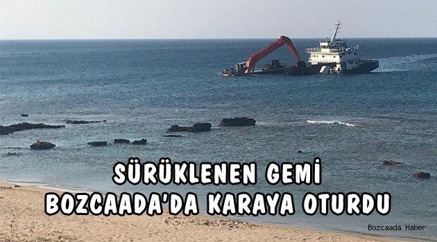 Bozcaada Ayana Koyu'nda bir gemi karaya oturdu