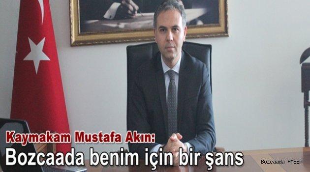 Bozcaada'nın yeni kaymakamı Mustafa Akın'ı ziyaret ettik