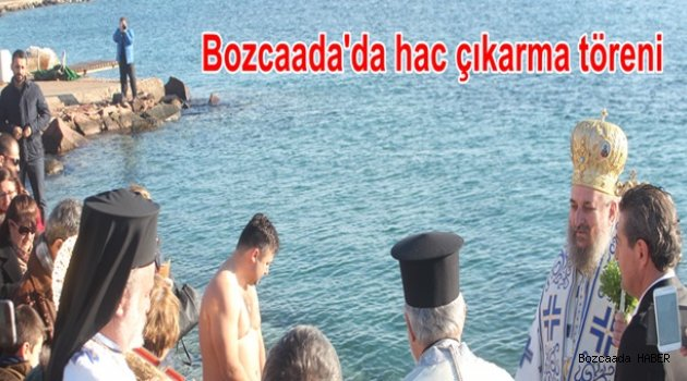 Bozcaada'da haç çıkarma töreni