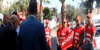 Bozcaada Belediyesi işçileri Ankara Katliamı'nın ardından 2 günlük iş bırakma kararı alarak terörü lanetledi.